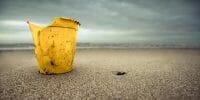 Beachcombing /  [dear liza 3.jpg nggid03301 ngg0dyn 200x0 00f0w010c010r110f110r010t010]