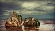 The Fylde Coast /  [a rock and a hard place.jpg nggid03986 ngg0dyn 180x0 00f0w010c010r110f110r010t010]