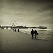 The Fylde Coast /  [along the shore.jpg nggid03975 ngg0dyn 180x0 00f0w010c010r110f110r010t010]