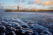 The Fylde Coast /  [beach combing north 1.jpg nggid03935 ngg0dyn 180x0 00f0w010c010r110f110r010t010]