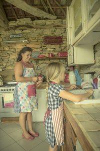Family & Food (Bulgaria) /  [12.jpg nggid041712 ngg0dyn 200x0 00f0w010c010r110f110r010t010]