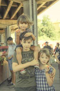 Family & Food (Bulgaria) /  [4.jpg nggid041704 ngg0dyn 200x0 00f0w010c010r110f110r010t010]