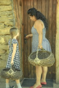 Family & Food (Bulgaria) /  [6.jpg nggid041706 ngg0dyn 200x0 00f0w010c010r110f110r010t010]