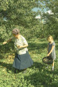 Family & Food (Bulgaria) /  [8.jpg nggid041708 ngg0dyn 200x0 00f0w010c010r110f110r010t010]
