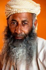 Oman /  [faces and places oman 12.jpg nggid03675 ngg0dyn 180x0 00f0w010c010r110f110r010t010]