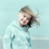 Portraits – Children /  [against the pale sky 3.jpg nggid03388 ngg0dyn 200x0 00f0w010c010r110f110r010t010]