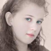 Portraits – Children /  [daisy.jpg nggid03369 ngg0dyn 180x0 00f0w010c010r110f110r010t010]