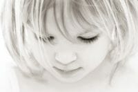 Portraits – Children /  [dont look up 2.jpg nggid03335 ngg0dyn 200x0 00f0w010c010r110f110r010t010]