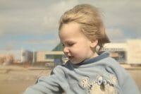 Portraits – Children /  [finley meets the holga.jpg nggid03391 ngg0dyn 200x0 00f0w010c010r110f110r010t010]