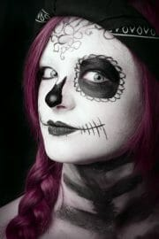 Portraits – Children /  [sugar skull colour.jpg nggid03447 ngg0dyn 180x0 00f0w010c010r110f110r010t010]
