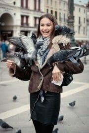 Street Photography /  [T1B8727 1.jpg nggid03205 ngg0dyn 180x0 00f0w010c010r110f110r010t010]