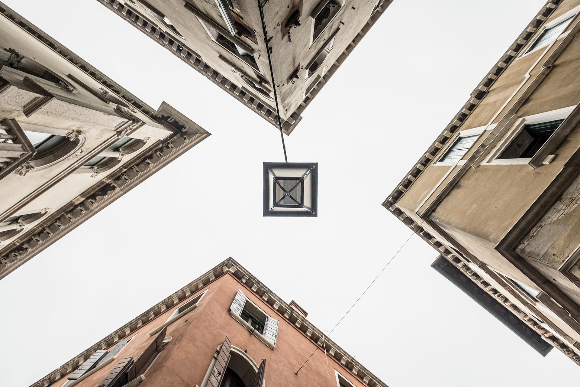 Composition 101 / Show the Original, Photography, Fujinon XF 16-55mm f/2.8, Fujifilm X-T2, Black & White, Architectural Photography [composition 101 o]