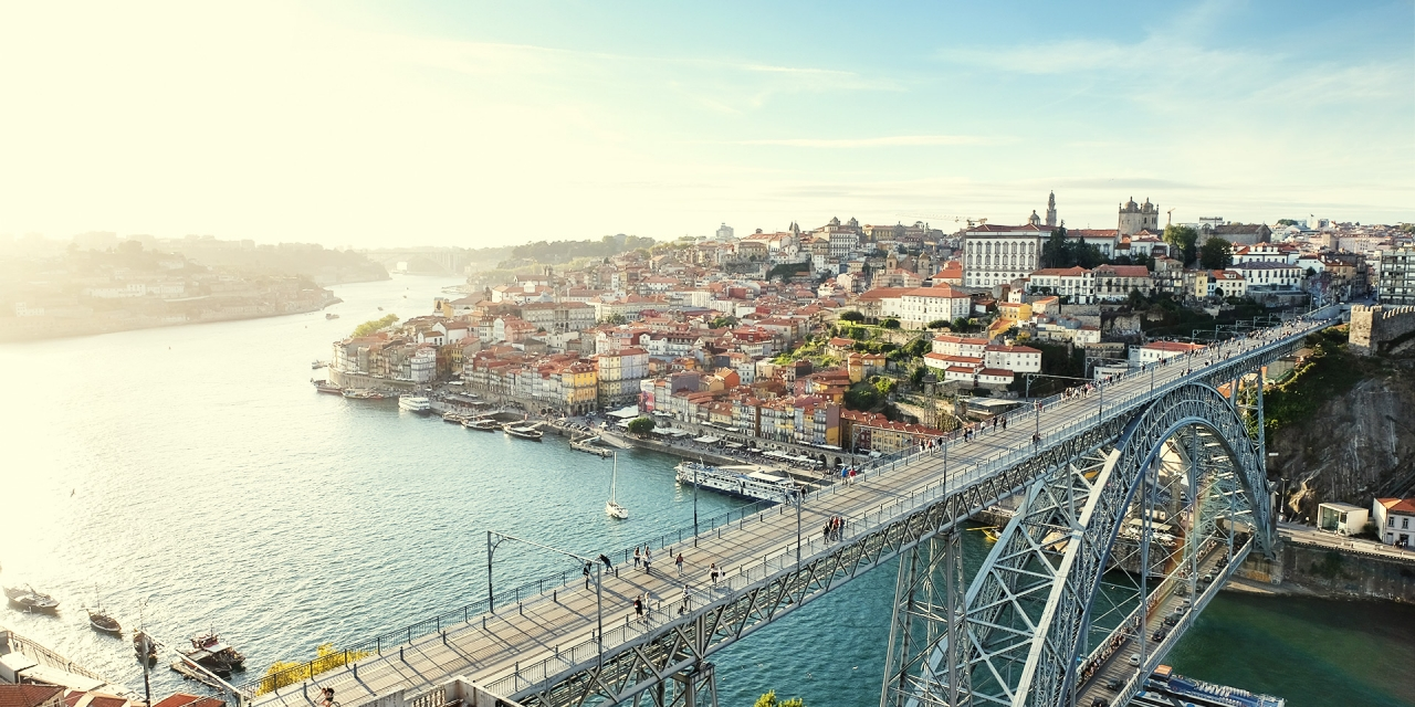 Porto #1 (Dom Luís I Bridge) / Travel, Show the Original, Portugal, Porto, Fujinon XF 16-55mm f/2.8, Fujifilm X-T2 [porto 1 f 1 1280x640]